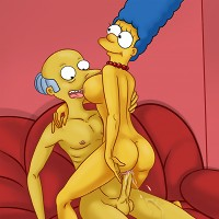Marge getting anal sex from Mr. Burns!